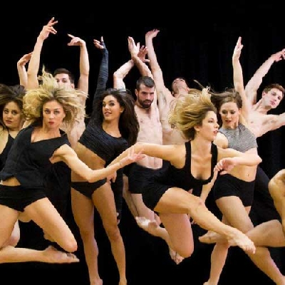 Risultati immagini per PARSONS DANCE Teatro Rossini Civitanova Marche